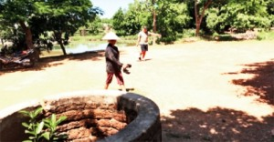 Báo động tình trạng ô nhiễm nước sinh hoạt ở ngoại thành